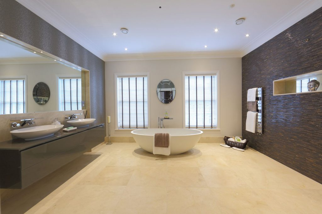Luxury Bathroom (10)