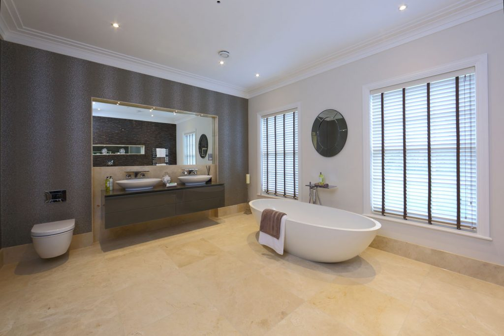 Luxury Bathroom (11)