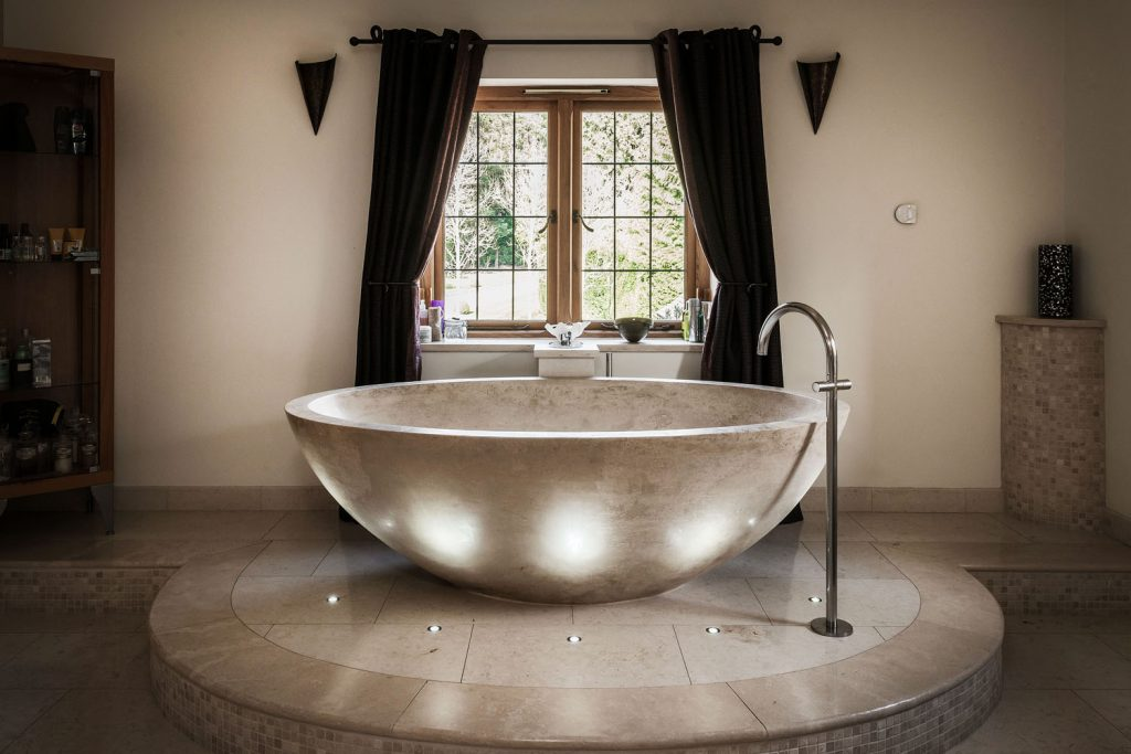 Luxury Bathroom (13)