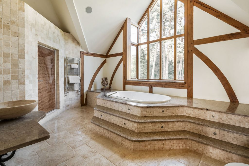 Luxury Bathroom (14)