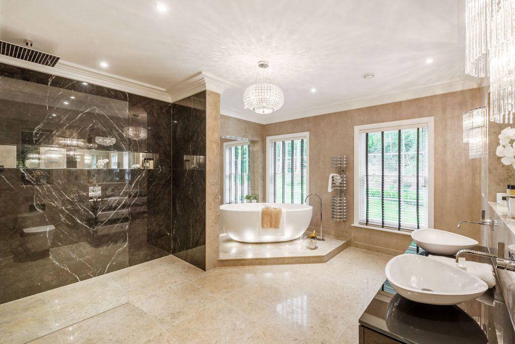 Luxury Bathroom (16)
