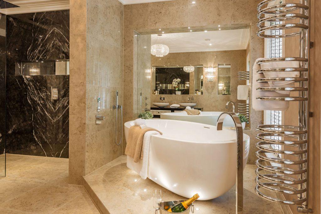 Luxury Bathroom (17)