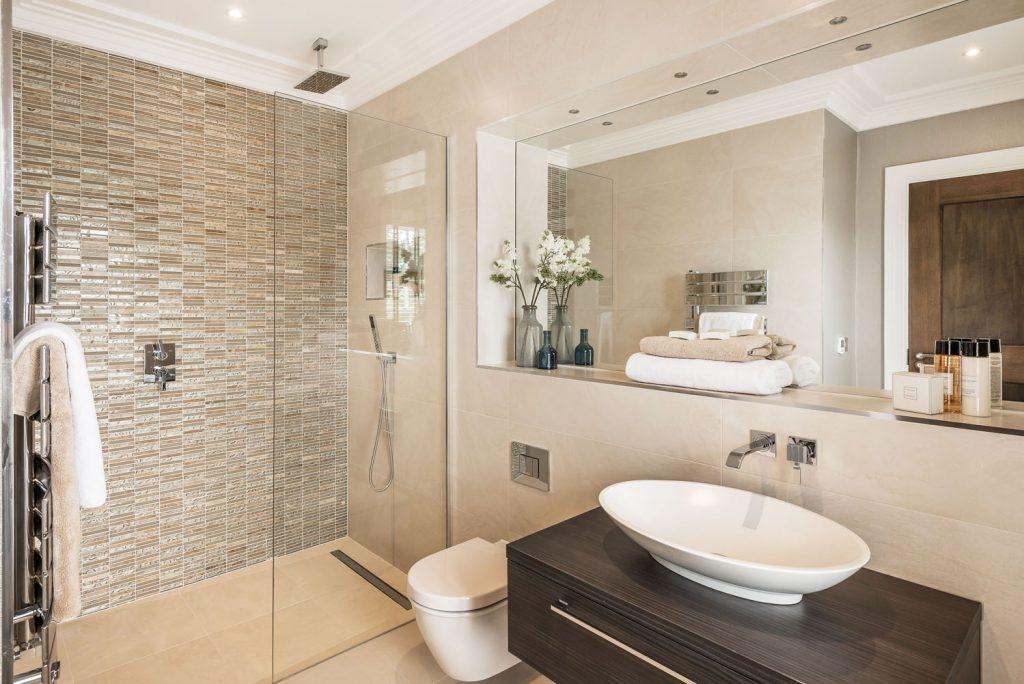Luxury Bathroom (21)