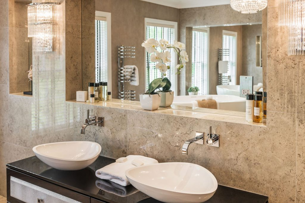 Luxury Bathroom (22)