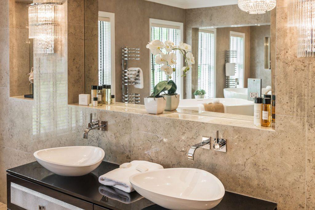 Luxury Bathroom (22)