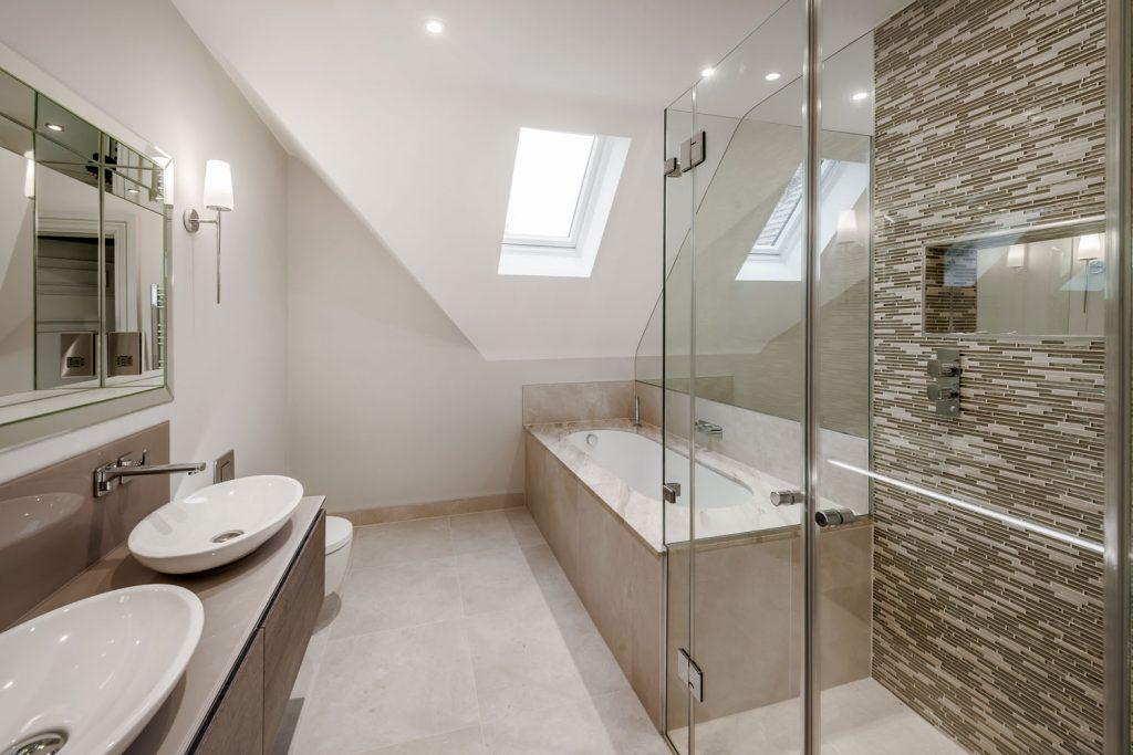 Luxury Bathroom (25)