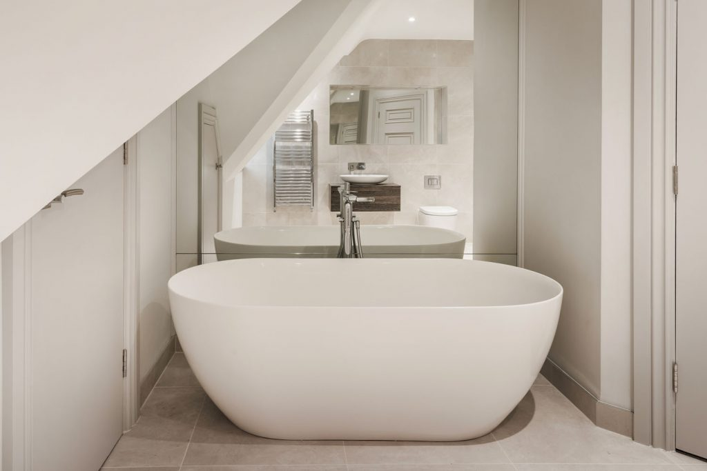 Luxury Bathroom (29)