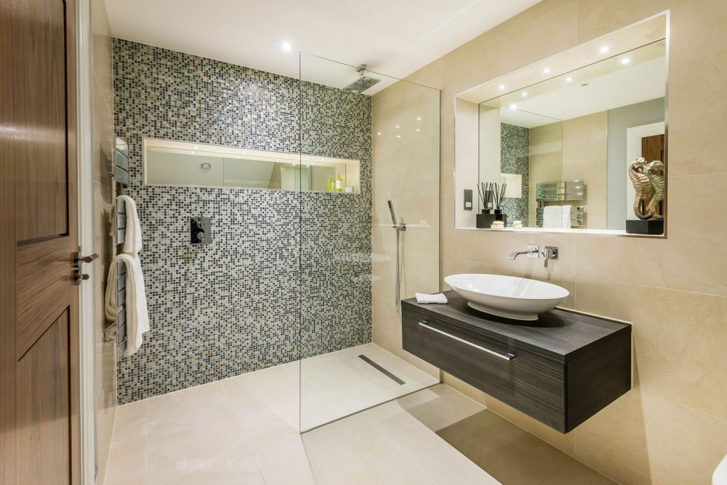 Luxury Bathroom (35)