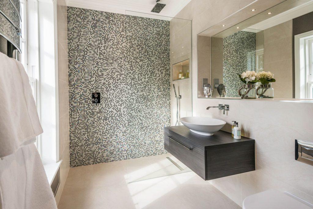 Luxury Bathroom (37)