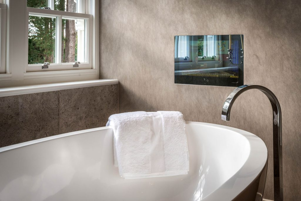 Luxury Bathroom (5)