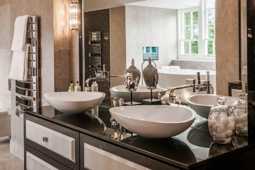 Luxury Bathroom (6)