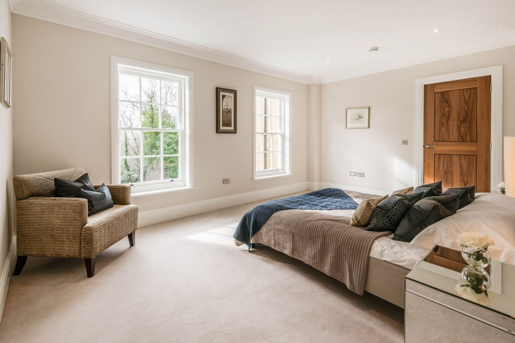 Luxury Bedroom (10)