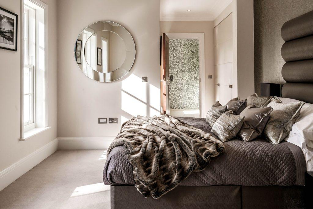Luxury Bedroom (12)