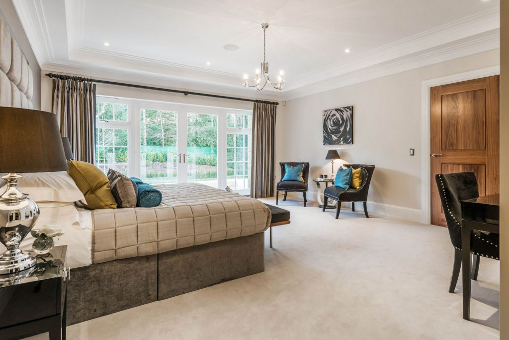 Luxury Bedroom (13)