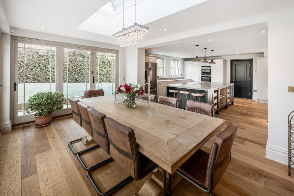 Luxury Dining Room (2)