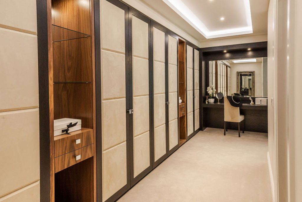 Luxury Dressing Room (6)