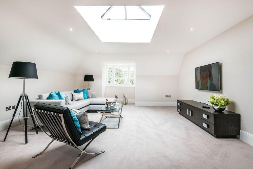 Luxury Family Room (2)