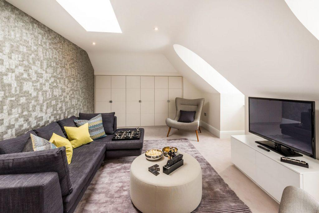 Luxury Family Room (6)