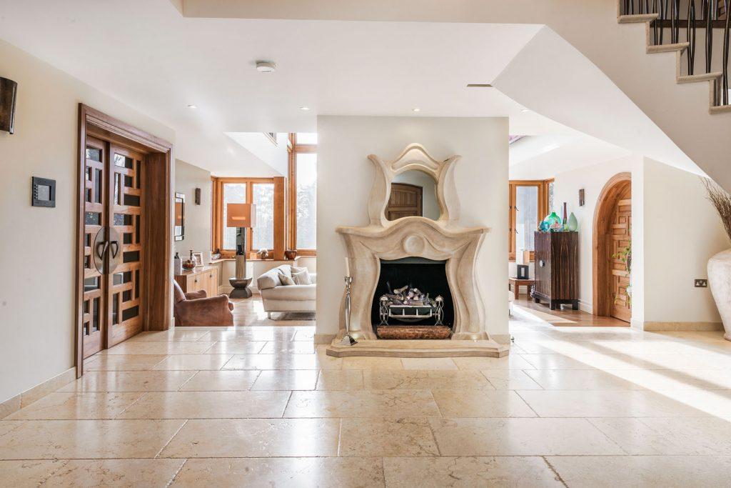 Luxury Hallway (16)