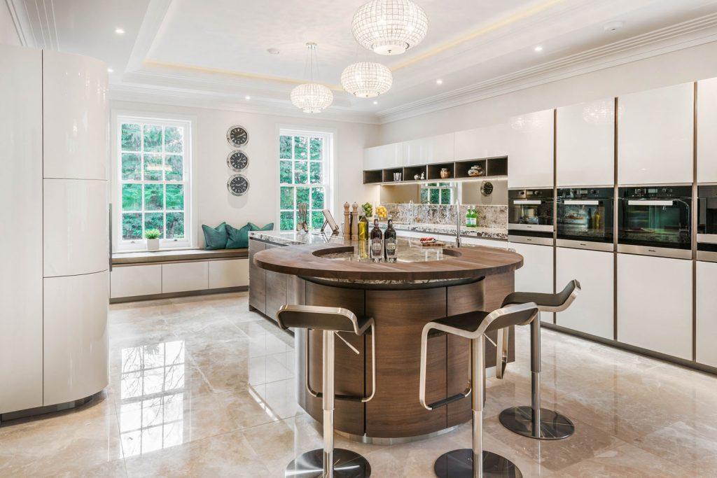 Luxury Kitchen (12)